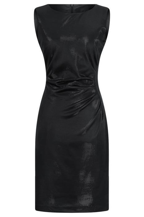 Sukienka Dagon 2138 czarna z marszczeniem na lewym boku