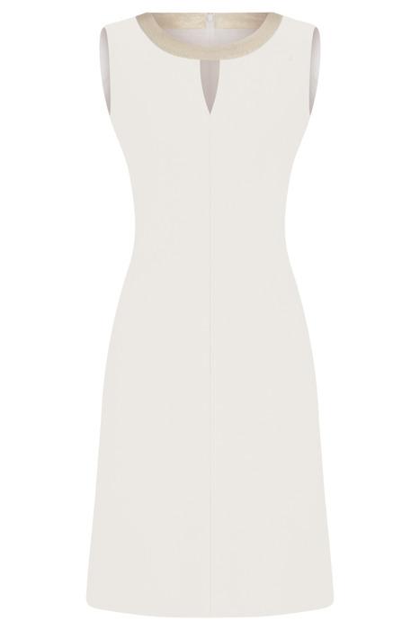 Sukienka Dagon 2299 ecru z ozdobną obwódką przy szyi
