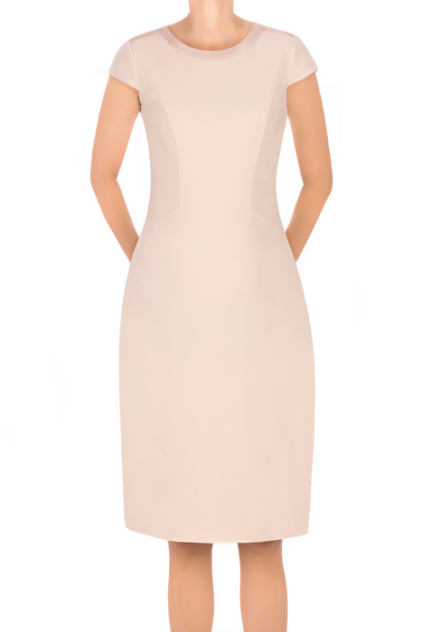 Sukienka Dagon 2554 łososiowa z ozdobnym dekoltem